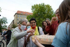 obchody 4 czerwca fot. k. adamska 6 300x200 - Poznań: Toast dla Wolności - na placu Wolności