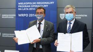 onkologia szpital jonschera podpisanie umowy fot. umww 300x169 - Poznań: Umowa podpisana - szpital onkologiczny do rozbudowy!
