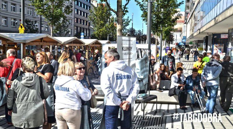 organizacje pozarządowe na Targu Dobra fot. UMP