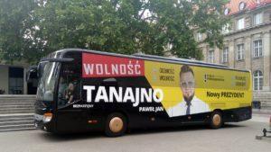 pawel tanajno 4 300x169 - Poznań: Paweł Tanajno zaprosił poznaniaków na kawę