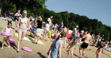 Wielkopolska: Kolejne kąpieliska zamknięte z powodu sinic