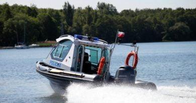 policja na wodzie fot. policja