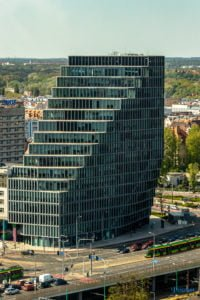 poznan z poziomu dachu. ataner ul. towarowa 39 fot. slawek wachala 6 200x300 - Poznań: Jeden z najwyższych budynków w Poznaniu. Jaki jest z niego widok?
