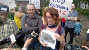 """protest rod bogdanka 10 300x169 - Poznań: Czy uda się ocalić ROD """"Bogdanka""""? Działkowcy protestują"""