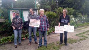"""protest rod bogdanka 2 300x169 - Poznań: Czy uda się ocalić ROD """"Bogdanka""""? Działkowcy protestują"""