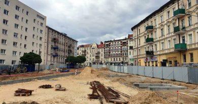 rynek Łazarski, budowa fot. UMP