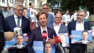 sztab wyborczy rafala trzaskowskiego4 300x169 - Poznań: Radość i wiara w zwycięstwo. Koalicja Obywatelska podsumowała kampanię wyborczą