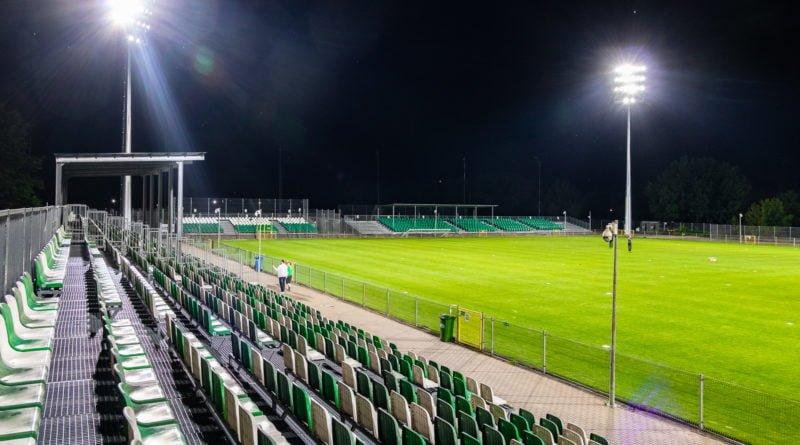 Warta Poznań - sztuczne oświetlenie na stadionie fot. Sławek Wąchała