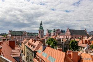dachy starego miasta wielka fot. slawek wachala 0796 300x200 - Poznań: Na dachu ulicy Wielkiej