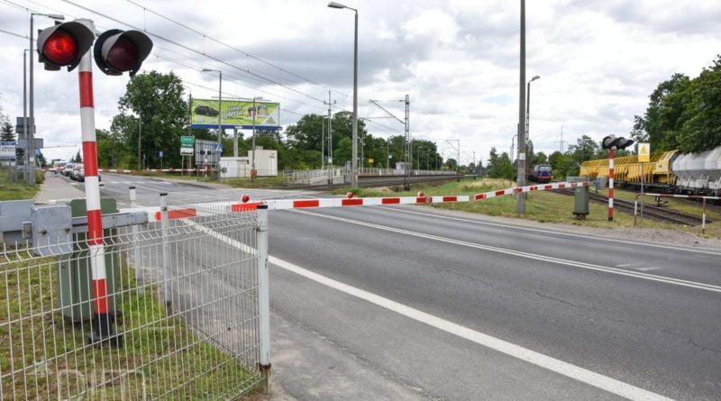 grunwaldzka przejazd kolejowy fot. ump 800x445 - Poznań: Czy wystarczy pieniędzy na tunel w Plewiskach?