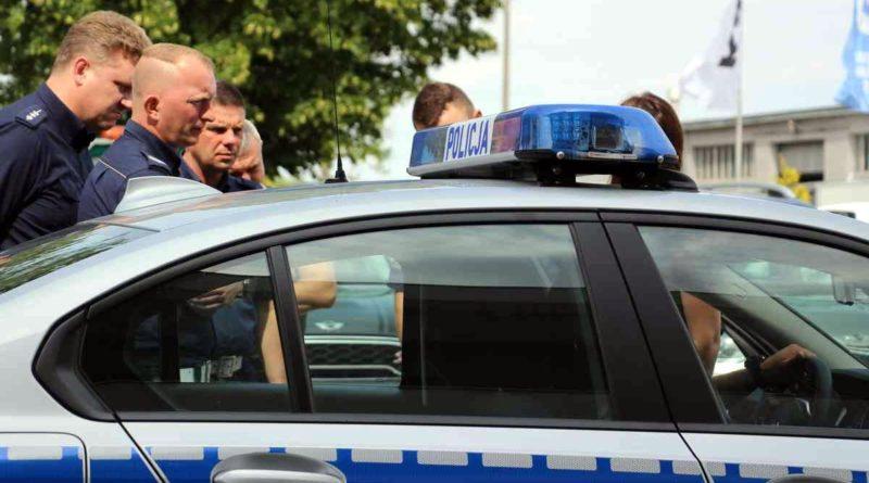 grupa speed fot. policja 800x445 - Poznań: Wypadek na ulicy Polskiej. Jedna osoba ranna