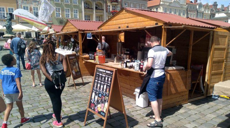 jarmark swietojanski 4 800x445 - Poznań: Majówka na Starym Rynku. Z kiermaszem