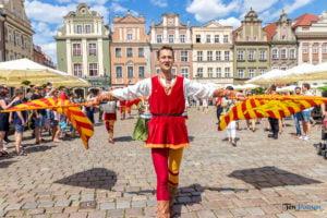 jarmark swietojanski parada fot. slawek wachala 6435 300x200 - Poznań: Gwardia Gryfa na rozpoczęcie Jarmarku Świętojańskiego