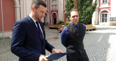 KORWiN Robert Mędlewski, Jacek Olszewski