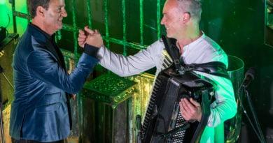 Poznań: Wiesław Prządka i zaczarowany świat piosenki francuskiej z okazji Narodowego Święta Francji