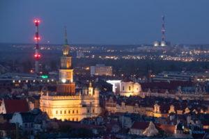 miasto poznan fot. slawek wachala 18 300x200 - Poznań: Widok z dachów wieżowców na Piekarach
