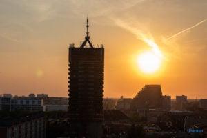 miasto poznan fot. slawek wachala 3 300x200 - Poznań: Widok z dachów wieżowców na Piekarach