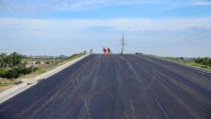obwodnica wrzesnia fot. um wrzesnia3 300x169 - Września: Na obwodnicy jest już nawierzchni asfaltowa!