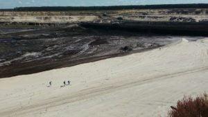 odkrywka drzewce fot. oboz dla klimatu  300x169 - Konin: Ekolodzy przeciwko kopalniom odkrywkowym. Wkroczyła policja