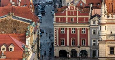 Poznań ponad dachami z Zamku Przemysła fot. Sławek Wąchała