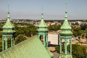 poznan z wiezy katedry 2019 fot. slawek wachala 8158 300x200 - Poznań: Widok z katedralnej wieży