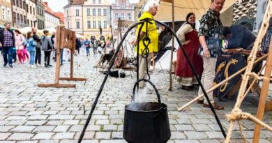 Poznański Jarmark Świętojański Osada Wczesnośredniowieczna fot. Sławek Wąchała