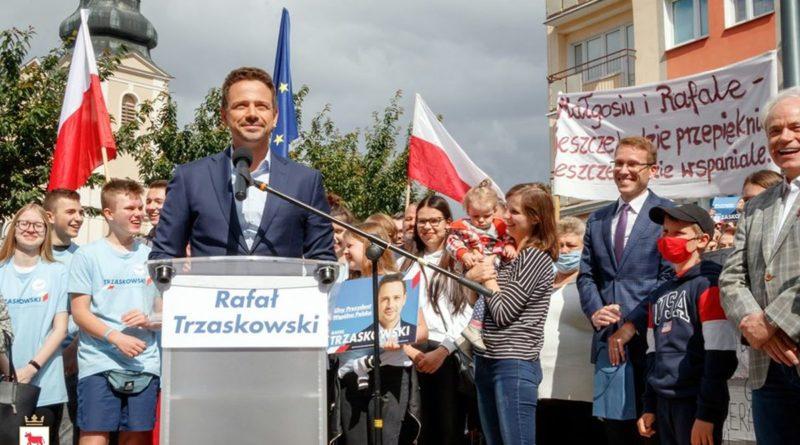 Rafał Trzaskowski w Trzciance fot. UMiG Trzcianka