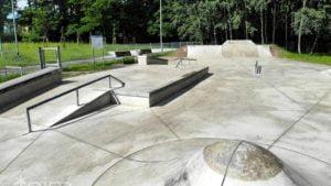 skate park fot. pim 300x169 - Poznań: Rampa Malty i skatepark na osiedlu Tysiąclecia