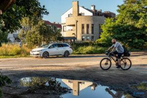 skok za szlaban spacer po strzeszynie fot. slawek wachala 8903 300x200 - Poznań: Skok za szlaban - czyli Strzeszyn, jakiego nie znacie