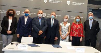 środowiskowe centra pomocy psychicznej podpisanie umowy fot. UMWW