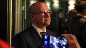 sztab pis wybory prezydenckie fot. s. wachala 300x169 - Poznań: Wybory prezydenckie – w sztabach napięcie i nastrój wyczekiwania