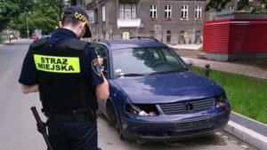 wraki fot. smmp 300x169 - Poznań: Kolejne wraki zniknęły z ulic miasta