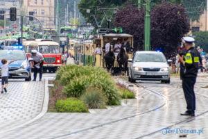 140 lat mpk w poznaniu parada fot. slawek wachala 8318 300x200 - Poznań: Parada z okazji 140 lat komunikacji miejskiej wypadła imponująco!