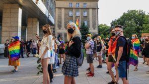 demonstracja przeciw przemocy fot. s. wachala11 300x169 - Poznań: Wspólnie przeciwko przemocy