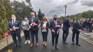 droga w woli laszczowej fot. wuw 300x169 - Konin: Wojewoda otworzył nową drogę w Woli Łaszczowej