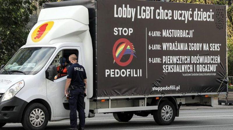 furgonetka fundacji Pro2 fot. Grupa Stonewall