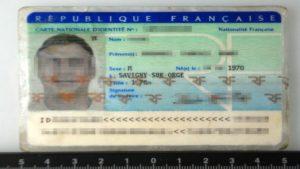 iran na fran do 300x169 - Poznań: Irańczyk z francuskim dowodem chciał polecieć do Wielkiej Brytanii
