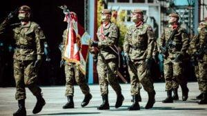 kompania honorowa fot. dwot 300x169 - Wielkopolscy terytorialsi na centralnych obchodach setnej rocznicy Bitwy Warszawskiej