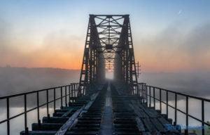 most stobnica braczewo fot. slawek wachala 9038 300x192 - Wielkopolska: Czy filmowcy zamiast mostu w Pilchowicach zburzą most w Stobnicy?
