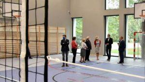 nowa sala gluszyna fot. ump 300x169 - Poznań: We wrześniu ruszą zajęcia w nowej sali gimnastycznej na Głuszynie