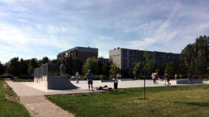 nowy skatepark fot. jacek tomaszewski rop 300x169 - Poznań: Budowa skateparku w parku Śmiałego-Batorego na Piątkowie zakończona!