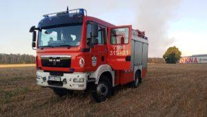 pozar fot. osp buk2 300x169 - Buk: Kolejny pożar na polu