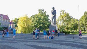 solidarni z bialorusia forum mlodych pis fot. s. wachala 300x169 - Poznań: Kameralna demonstracja Młodej Prawicy