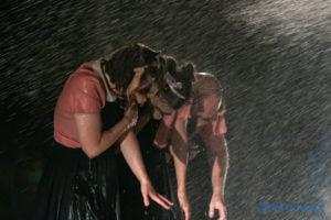 """swiniopolis teatr biuro podrozy fot. slawek wachala 5656 300x200 - Festiwal na Wolnym Powietrzu: """"Świniopolis"""" na zakończenie"""