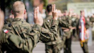 terytorialsi przysiega fot. dwot3 300x169 - Leszno: Nowi żołnierze w wielkopolskiej brygadzie WOT