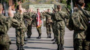 terytorialsi przysiega fot. dwot4 300x169 - Leszno: Nowi żołnierze w wielkopolskiej brygadzie WOT