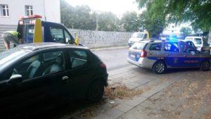 usuwanie wrakow fot. smmp.2 300x169 - Poznań: Kolejne wraki zniknęły z ulic miasta