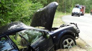 wypadek jarocin fot. policja3 300x169 - Jarocin: Tragiczny wypadek - dwie osoby zginęły