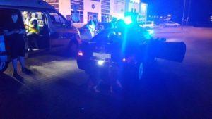 zlot w swadzimiu fot. policja8 300x169 - Poznań: Mandaty, narkotyki i policja na zlocie samochodów
