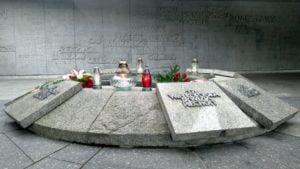 81. rocznica wybuchu ii wojny swiatowej5 300x169 - Poznań: Kwiaty na Cytadeli z okazji rocznicy wybuchu II wojny światowej
